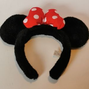 🦄 3 for $25 💘 Plush Minnie Mouse Ears